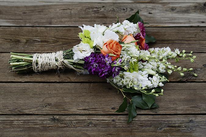 Букет-подарок на свадьбу